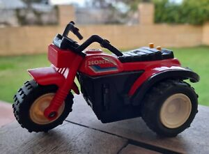 "Vintage Tonka ""Clutch Poppers"" Red Honda 200 ATC 1982 - Die-cast HTF 3 Wheeler"