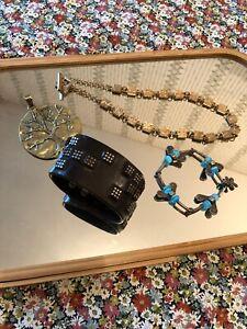 lot bijoux vintage BICHE DE BERE ** GIRBAUD ** FIFI la FERRAILLE