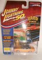 Johnny Lightning 1970 Plymouth Cuda Yellow Barn Finds Muscle Cars USA 2019