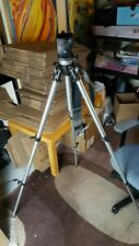 Manfrotto Professional Tripod ART190 with 700rc2 Mount. Mount miss Thumb Screw?