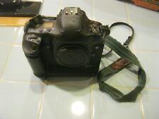 Canon EOS-1D Mark II N Camera Body & (1) Battery / Domke Gripper Green Strap