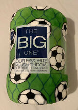 New The Big One White Soccer Balls Soft Throw Blanket 5/' x 6 ft Green