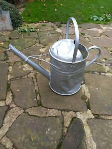 Vintage Metal 2.5gallon Watering Can
