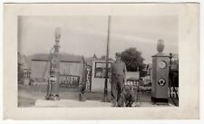 Old Photo: Gas Station Employee, Pumps (AMOCO, American Gas), Quaker State +