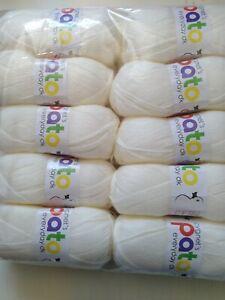 Cygnet Pato Everyday DK Acrylic Yarn Wool Double Knit 5 x 100g  balls Cream