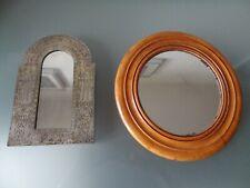 2 anciens petits miroirs l'un ciselé et l'autre bois blond vintage art populaire