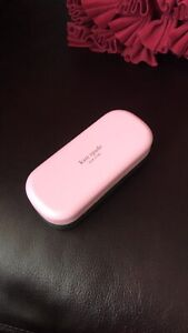 Kate spade new glasses case with cloths, color in pink and dark green