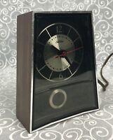 Sunbeam Electric Clock w Pendulum Vintage Table Retro Modern Alarm EB123 Shelf