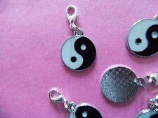 BLACK & WHITE buddista equilibrio YIN YANG SMALTO clip su Charm per braccialetti portafortuna