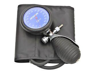Handheld Aneroid Sphygmomanometer blood pressure cuff