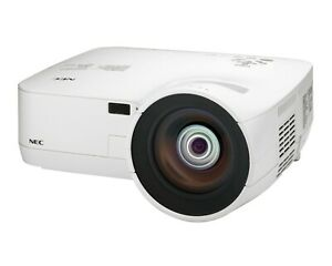 NEC NP610S 3LCD Projector ANSI 2,600 Lumens 1024 x 768