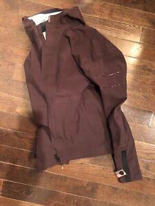 Rapha Hooded Rain Jacket Large Plum