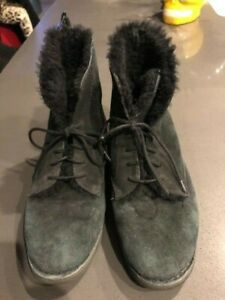 Ugg boots womens Black suede sheepskin lining ankle lace up fold down snap sz 8