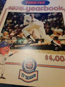 1975 DETROIT TIGERS 75TH SEASON MLB BASEBALL YEARBOOK GREAT CONDITION!!!