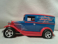 Spec Cast 2578 Ford 1931 Model A Classic Street Rod Van Bank