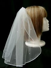 """SHORT 17"""" (45cm) SHOULDER VEIL WITH SPARKLING DETAIL AND COMB – WHITE OR IVORY"""