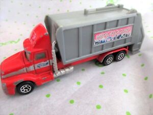 '96 HOT WHEELS HAULERS, Red/Silver Metal Recycling, 1:43, #3158RE, EUC, Rare!