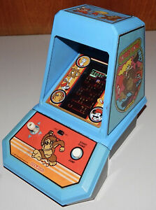 Vintage 1981 Coleco Donkey Kong Nintendo Mini Arcade Table Video Game Project