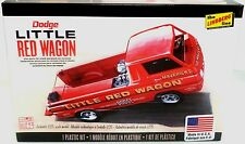 Lindberg 115 Dodge A-100 Pickup Truck Mavericks Little Red Wagon model kit 1/25