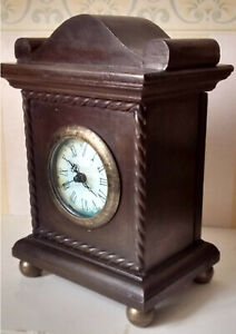 Electric (battery) VINTAGE STYLE MANTLE CLOCK