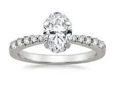 Freccia Oval Diamond Engagement Ring with Tapered Band