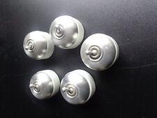 """Un ancien interrupteur """" va et  vient"""" porcelaine et aluminium brossé  etat neuf"""