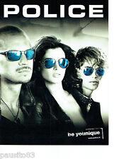 PUBLICITE ADVERTISING 066  2011  les lunettes solaires Police