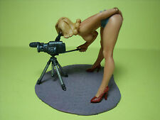 FIGURINE  1/18   SEXY  GIRL  MARIA   VROOM   A  PEINDRE   EROTIQUE   FOLIES