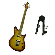 Miniatur gitarre in holz malerei mit sockel für stützend 25,5 cm