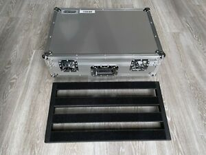 Pedaltrain 2 PT-2-HC Pedalboard with Pro Stage Gear Hard Tour Case