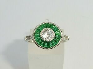 Ladies Handmade Halo Style 925 Sterling Solid Silver White Sapphire Emerald Ring