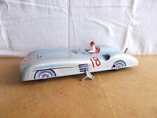 JOUSTRA auto de course No 18 ( Mercedes ?) - Long 41cm - fonctionne - années 60s