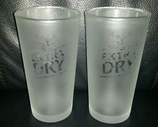 PAIR OF COLLECTABLE TOOHEYS EXTRA DRY TEDS 285ML FROSTED BEER GLASSES