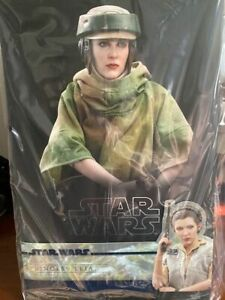 Princess LEIA Endor Hot Toys MMS 549 STAR WARS Return of the Jedi 1/6 Scale