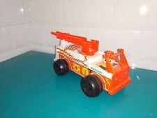 2109122 Jouet Fisher price ancien vintage fire engine camion de pompier