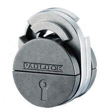 Huzzle Padlock Cast Puzzle by Hanayama - Difficulty rating 5