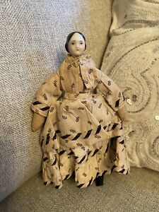 """Very Rare 7.5"""" Early Ca 1850 China Doll W/ Covered Wagon Hairstyle Orig Dress"""