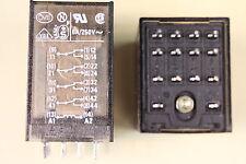 Relais Nr153  12 V  4Wechsler 5Amp Schrack  ZT571012