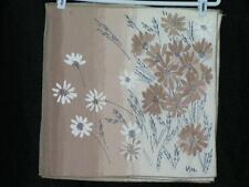 Vera Neumann Field of Daisies Graduated Taupe Napkins 8/set