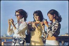 YOUNG LADY PHOTOGRAPHERS W/ CAMERAS 1960S DETROIT ORIG VTG 35MM PHOTO SLIDE