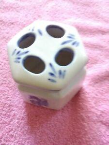 Genuine Porcelain  White/Blue Floral Arranger
