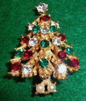 LISNER SIGNED MULTICOLORED CHRISTMAS TREE RHINESTONE PIN BROOCH – EX COND