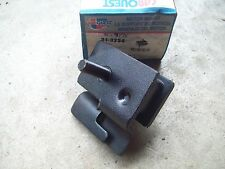 CarQuest Motor Mount 31-3234 31-9195 NEW IN BOX Dodge Plymouth