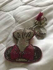 Disney Food and Wine 2020 Minnie Mouse Chef Hat Queen Of Cuisine Keychain New