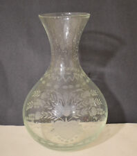 OSCAR DE LA RENTA CLEAR ENGRAVED GLASS VASE