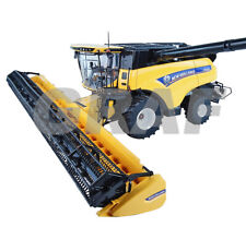 4868 New Holland Cr 10.90 With Wheels 1:3 2 Universal Hobbies