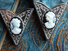 NEW PAIR OF  COLLAR TIPS BLACK / WHITE CAMEO LADIES  SILVER METAL,GOTH,WESTERN