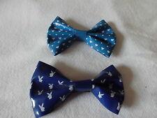 Modeschmuck Ansteckschleifchen 2 Stück blau mit Häschen und Herzen
