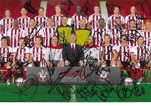 SOUTHAMPTON FC 2011 / 12 PROMOTION SEASON MUTLI SIGNED TEAM 12x8 PHOTO