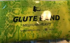 SuzieB Fitness Glute Band Working Out - Glute Resistance Band Medium Heavy green